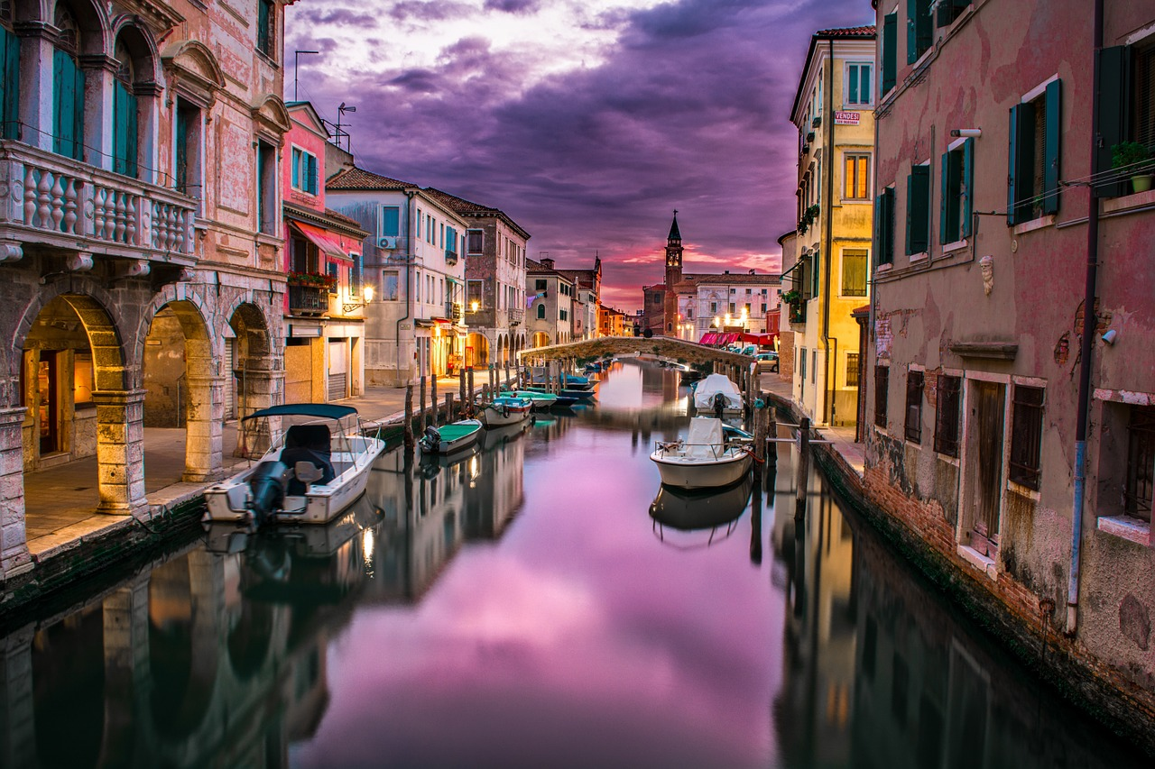 שייט לילי באיטליה