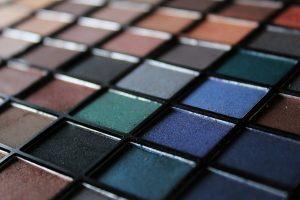 צבעים של איפור